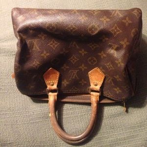 Louis Vuitton Handbags - SALE🎉Speedy 25