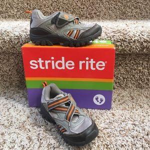 Stride Rite Other - Stride Rite Clayton Sneaker