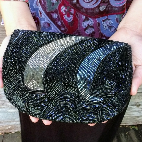 Bags - Retro Beaded Clutch Purse Black & Silver Gray