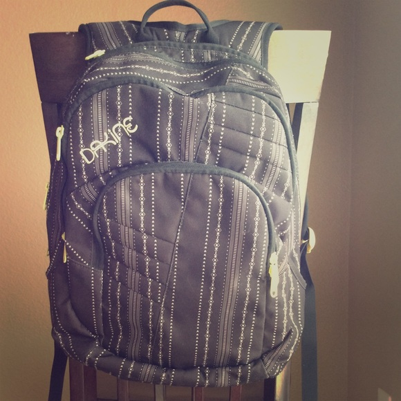 205c0104dc14 Dakine Handbags - Dakine tribal print backpack - cute and functional
