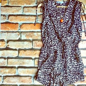 weekend chic romper XS, S