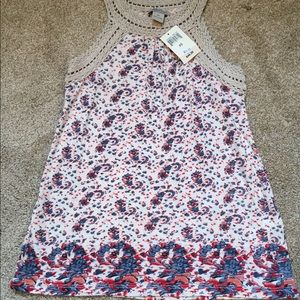 🌸NWT Lucky Brand Top! 🌸