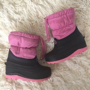DUCK Other - DUCK toddler snow boots