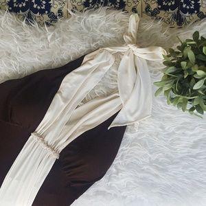Jessica Howard Dresses & Skirts - JESSICA HOWARD halter brown and cream halter dress