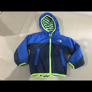 Infant boys north face reversible jacket 12-18 mos