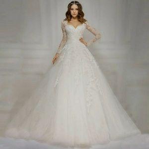 Dresses & Skirts - 🌹 NEW 🌹 Princess Bridal Gown
