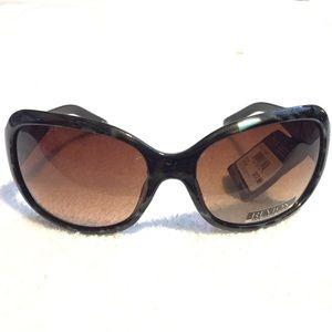 Revlon Accessories - Women's tortoiseshell sunglasses