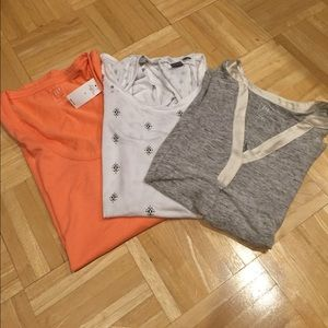 Gap/Old Navy Tops - Gap/Old Navy maternity sleeveless bundle