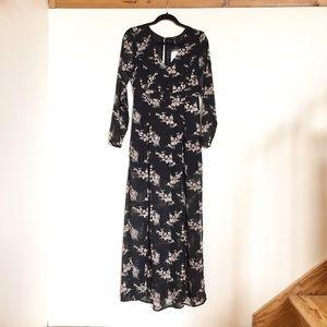 Forever 21 Dresses & Skirts - Forever21 Floral Maxi Dress