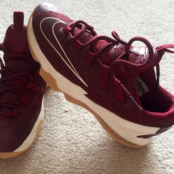 Nike Shoes   Lebron 3 Low Burgundy Mens