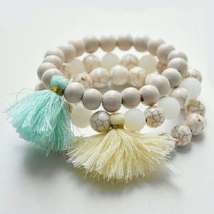 Jewelry - Women's Beaded Tassel Bracelet - Mint