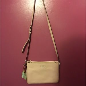 Handbags - Nude pebbled leather Kate spade crossbody