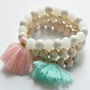 Jewelry - Women's Beaded Tassel Bracelet - Pink