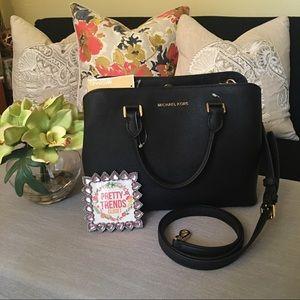 Michael Kors Handbags - 📍MK Savannah Satchel 📌FINAL SALE