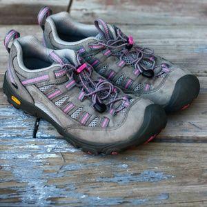 Keen Shoes - Women's Keen Alamosa - Pink/Grey