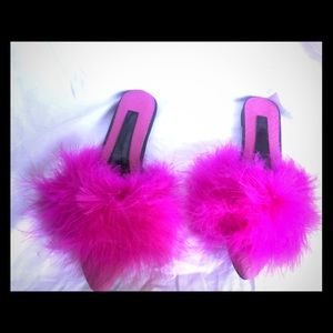 Shoes - Furry Pink Slippers