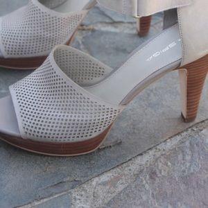 Via Spiga Leather Grey mesh platform