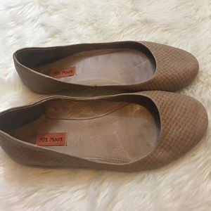 Miz Mooz Shoes - Miz Mooz Phaedra Flats Size 7