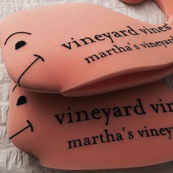 Vineyard Vines 🐳rare🐳 Vineyard Vines Foam Whale Hats