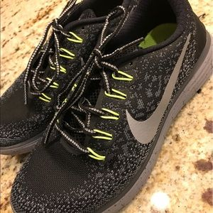 Free RN Distance Shield Running Shoe Nike