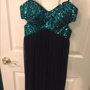Blondie Nites Dresses & Skirts - Prom/Ball/Formal Dress