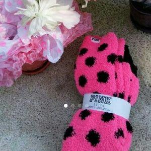LAST PAIR! VS Pink fuzzy socks