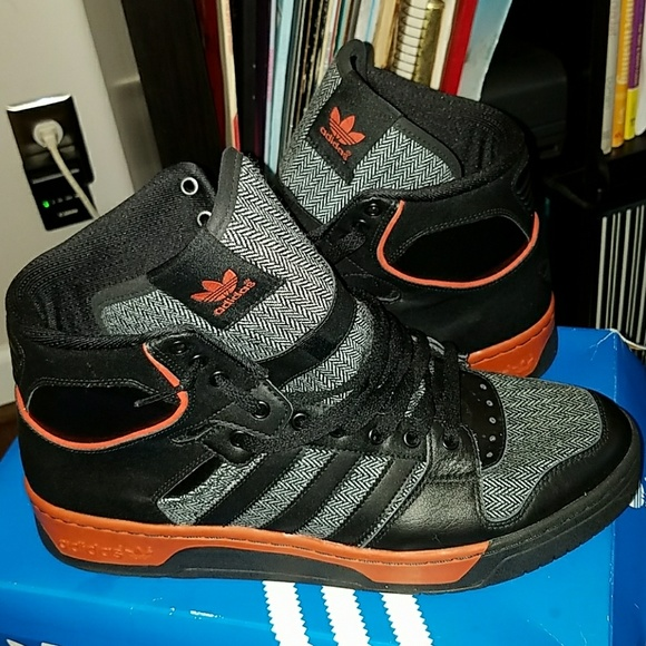buy popular 385d0 0044a adidas Other - Adidas Conductor Hi