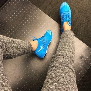 Nike Shoes - Nike flyknit sneakers