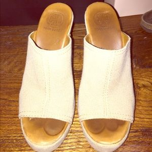 tory burch wedges size 6 1/2