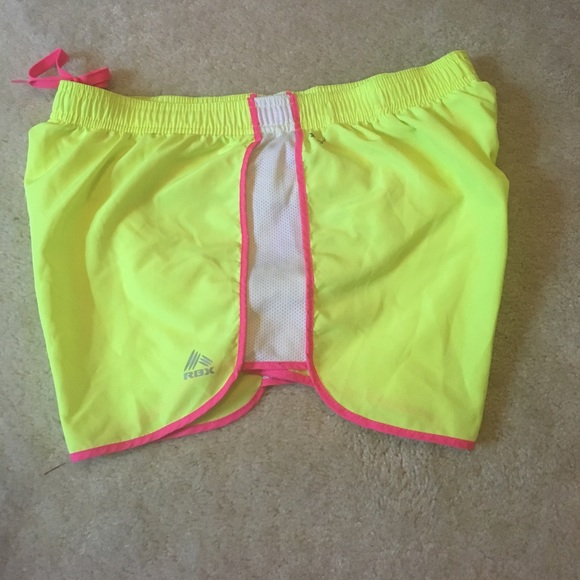 coolnup03t.gq: Pink Running Shorts. From The Community. These women's running shorts are designed to keep you cool and dry on Under Armour Women's HeatGear Athletic Loose Mesh Running Shorts Lined. by Under Armour. $ - $ $ 15 $ .