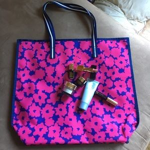 Brand new Estée Lauder tote and samples