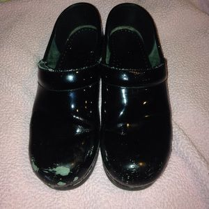 Dansko Shoes - Dansko nursing shoes