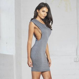Fashion nova Deep open side dress