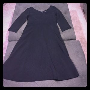 Seraphine Dresses & Skirts - Worn Once Seraphine Luxe Maternity dress!