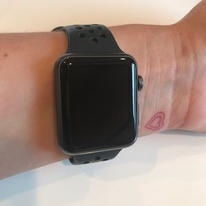 Accessories - Apple Watch 42mm Space Gray Series 1