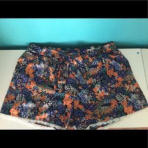 Takara Pants - Floral Print Shorts