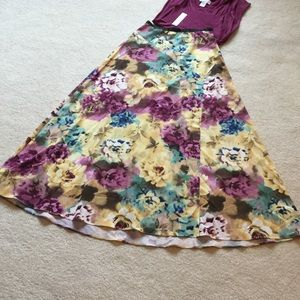 NWT's Costa Blanca floral print skirt!