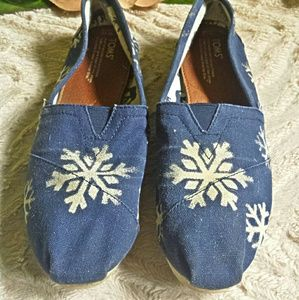 TOMS Shoes - Tom's Hand Painted Snowflake Slip ons