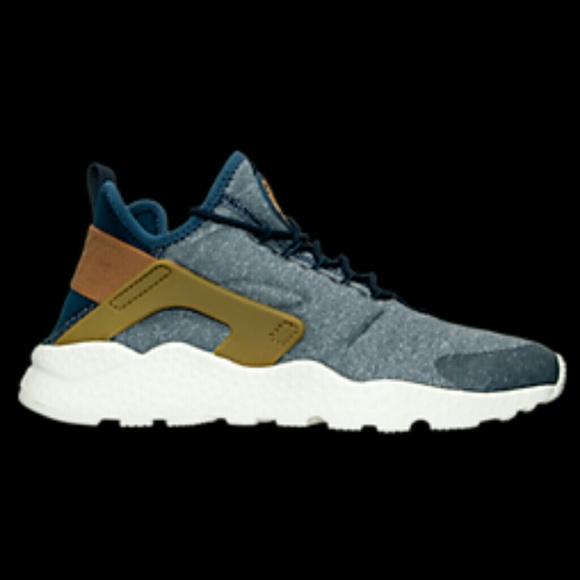 81afd75d1ecf4 Women s Nike Air Huarache Run Ultra Casual Shoes