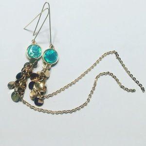 Jewelry - 🆕Beautiful Light Weight Long Dangling Earrings