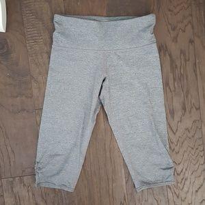lululemon athletica Pants - Lululemon Gray Cropped Leggings