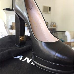 CHANEL Shoes - Chanel pump