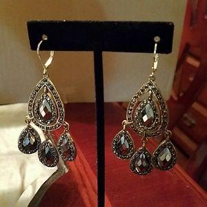 Jewelry - Earring