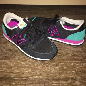 New Balance Shoes - New Balance Women's Sneakers 6