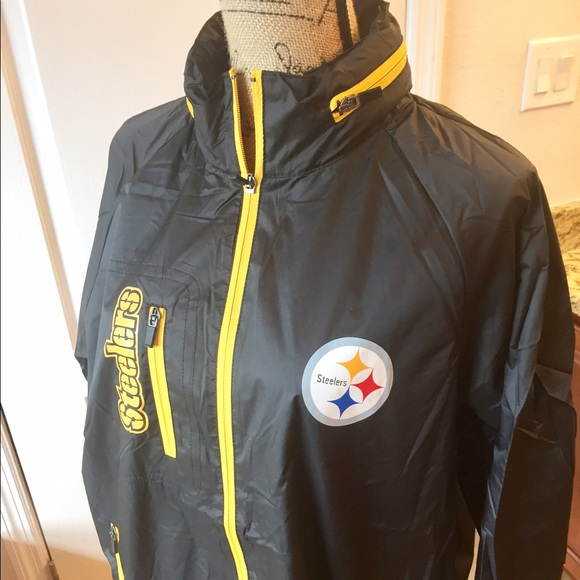 new style f024b 76add NWT - Men's Pittsburgh Steelers Rain Jacket Boutique