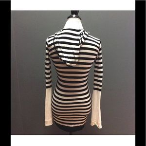 Black White Striped Long Tunic Sweater Hoodie  M