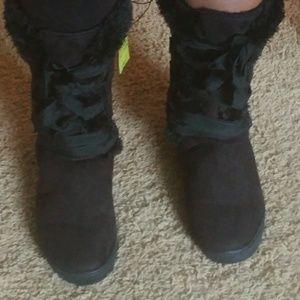 Etcetera Shoes - Beautiful Faux Fur Boots