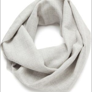 Cuyana Accessories - Cuyana Alpaca Infinity Scarf in Gray