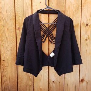 Solemio Jackets & Blazers - Solemio Black Laced Back Cropped Blazer
