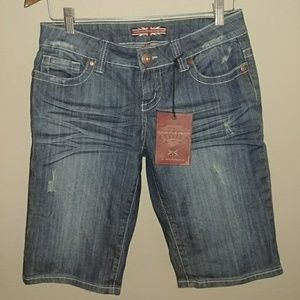 Makers of True Originals Pants - NWT Makers of True Originals Jean shorts